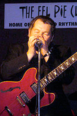 Alan Glen, blues harp player & guitarist